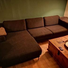 Sofa sælges den er god men brugt (ikke egnet til katteallergikerer) kom med et bud
