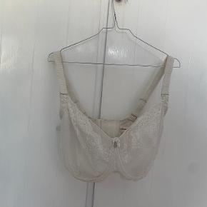 Charade lingeri