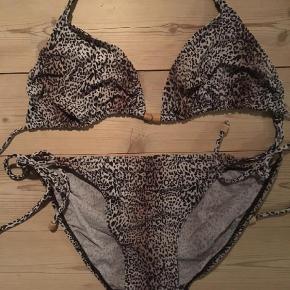 Varetype: Bikini Farve: Multi  Leo str m 100 Nr 2 str 40 c 100.-