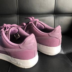 Fedeste Nike air Force 1 i lilla