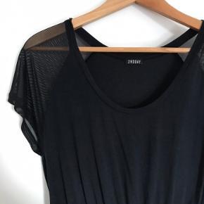 Sort kjole fra 2nd Day - str. Small  Aldrig brugt   Kan afhentes i Århus C eller sendes