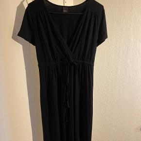 Esprit kjole eller nederdel