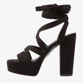 Even&Odd heels