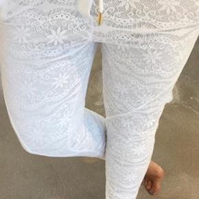 Smukke og lækre bløde blonde bukser Aldrig brugt