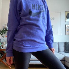 Nike Sportswear sweater