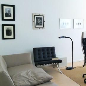 Sælger en Replica Barcelona stol, afslag på 1000.- er ok.