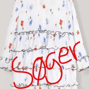søger en af disse kjoler i str 34 eller 36🤩🤩