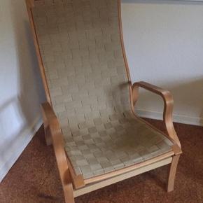 Sælger to af disse stole 1 for 300kr, 2 for 500kr ellers BYD. Flere billeder kan sendes