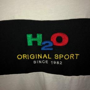 Brugt meget lidtSom ny T-shirt