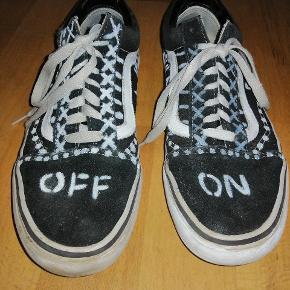 """Fedt par sko """"Vans old skool"""" jeg selv har customised"""