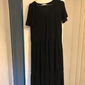 Pull And Bear kjole