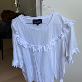 Designers Remix t-shirt