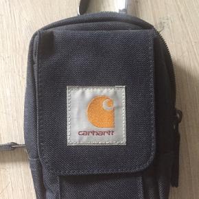 Lille fiks taske som kan sættes i bæltet eller på en rygsæk