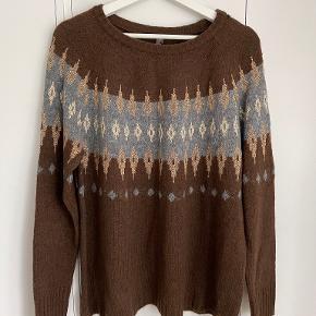 Culture sweater