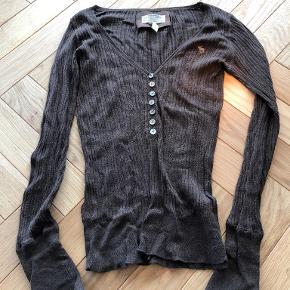 Abercrombie & Fitch cardigan