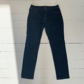 Jeans fra Esprit i str. W:34 L:32 🤩  Livvidde: 47 cm