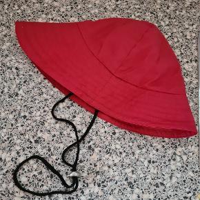 Ilse Jacobsen hat & hue
