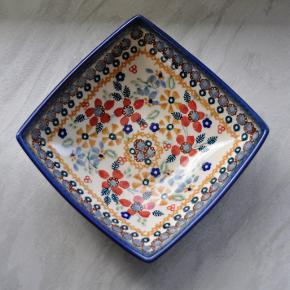 Original polsk keramik. Fås også i flere mønstre og større størrelser :)