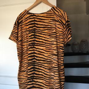 Luxzuz t-shirt