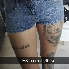 Shorts fra h&m i str small. Prisen er plus porto 🌸 Giver mængderabat 🤗