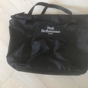Peak Performance weekendtaske