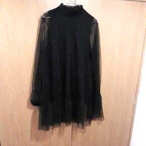 Super flot sort trøje