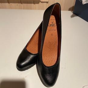 Caprice heels