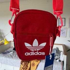 Adidas skuldertaske