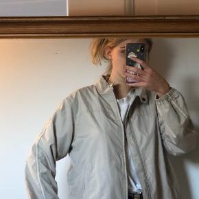 Vintage H20 jakke   Den er en størrelse medium :)