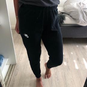 Nike bukser & shorts