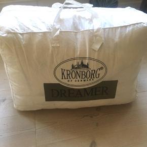 Dobbeltdyne, Kronborg dreamer 200x220 (nyvasket)  Sengetøj kan købes med for 100kr