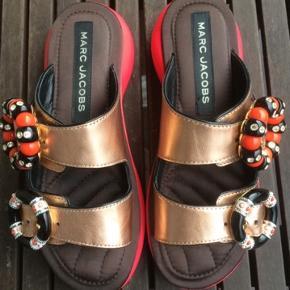 Sandaler fra Marc Jacobs. Max brugt 3 gange så fremstår næste som nye.   #trendsalesfund