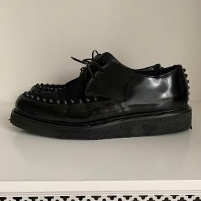 Represent sneakers