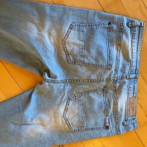 Liquor N Poker jeans