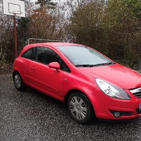 Opel Corsa D 2008. 90 hk 1,4 16V Benzin, Sport 3d, km: 215.xxxkm/l: 16,9 Aircondition, Fartpilot, centrallås, sædevarme  Please write for more information. The car is in great condition, we are just selling it because we're leaving Denmark.