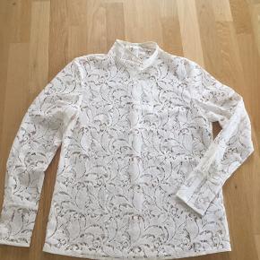 super smuk blonde bluse jeg aldrig har fået brugt jeg bytter ikke