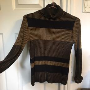 Fed gul-og sortstribet sweater fra Monki ☀️ Jeg giver mængderabat 😋