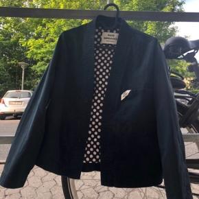 Mads Nørgaard Carpentina Joan jakke. Har aldrig været brugt, kun prøvet på. BYD!! (Udsolgt alle steder)