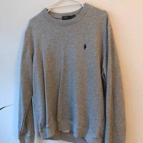 Fitter M/L. Vintage Ralph sweater sælges! BYD, ellers køb nu!