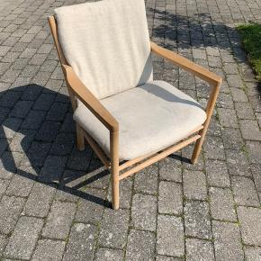 Flot Erik Ole Jørgensen J147 hvilestol, stoffet trænger til lidt rens