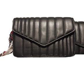 Quilted crossbody bag with scarf  👜👜 - Fra Zara kun! Seriøse henvendelser! Skriv kun hvis man er interesseret i at købe