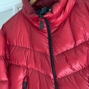 Moncler grenoble skijakke str 5, nypris 7500-10000kr