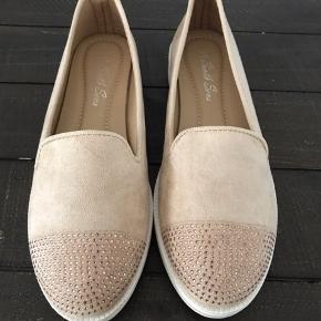 Super lækre og behagelige sko/espadrillos. Nye og ubrugte