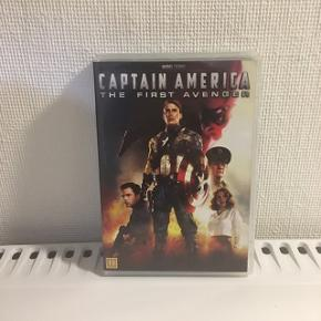 """De to første """"Captain America"""" film. 30 pr stk eller 80kr samlet."""