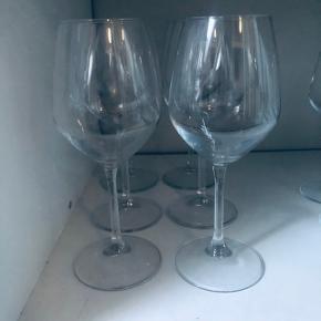 6 rødvinsglas  Brugt få gange