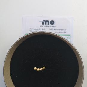 Smuk håndlavet ørering af MO på Chr. Havn Længde 1,5cm Prisen er ikke til forhandling