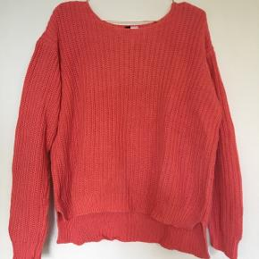 Pink knitted H&M Divided sweaterBid