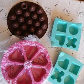 Tupperware silikone forme Grøn 35kr pr stk Pink/brun 60 kr pr stk.