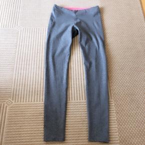 H&M gråmelerede fittnessleggings str 158/164 cm