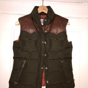 Penfield vest